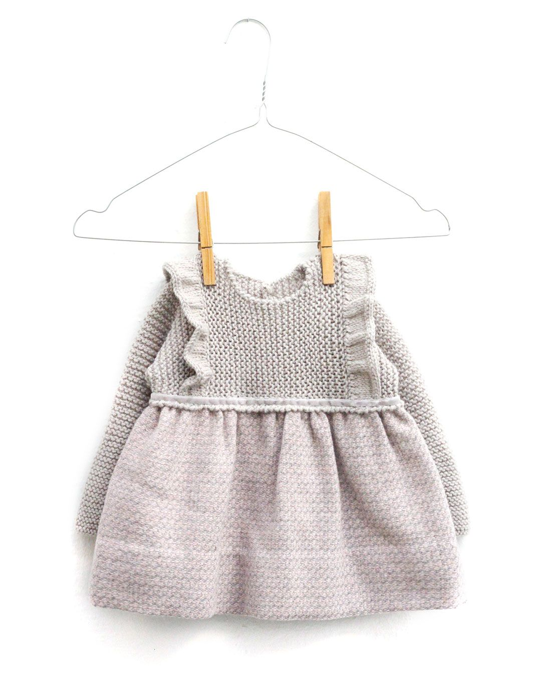 Vestido de punto y tela combinado de bebé [ Tutorial y Patrón GRATIS ]